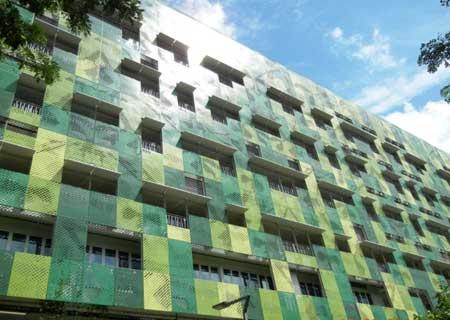 la pelcula solar orgnica heliafilm formar parte de la fachada de varios edificios de singapur